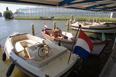 Bola Maritiem B.V. in Monster heeft betaalbare en kwalitatieve sloepen en boten te koop voor een ontspannen dagje uit varen of een weekendje weg op het water.