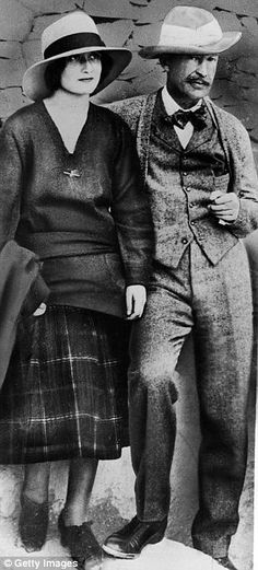 Lady Evelyn, Howard Carter, 1922