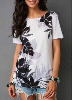 Stylish Tops For Girls, Trendy Tops, Trendy Fashion Tops, Trendy Tops For Women Stylish Tops For Girls, Trendy Tops For Women, Fashion Tips For Women, Womens Fashion, Trendy Fashion, Fashion Trends, Ladies Dress Design, White Tops, Fashion Outfits