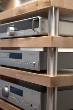 High End Audio Equipment For Sale Hifi Stand, Audio Stand, Speaker Stands, Hifi Rack, Audio Rack, Equipment For Sale, Audio Equipment, Diy Hifi, Room Acoustics