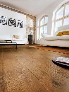 Haro Parkett Bernsteineiche Sauvage Serie 4000 Landhausdiele Preis pro m Refinishing Hardwood Floors, Wooden Flooring, Dark Flooring, Home Cooler, Walnut Floors, Lounge Design, Living Room Inspiration, Glass Floor, Inexpensive Flooring
