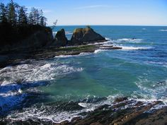 Coos Bay is surrounded by the Pacific shoreline with its beautiful dunes and lovely beaches, plan your vacation today! Sunset Beach Oregon, Oregon Beaches, Oregon Coast, Coos Bay Oregon, Travel Destinations Beach, Beach Travel, Hot Beach, Oregon Travel, Beach Town