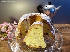 Der flaumigste Germ-Gugelhupf aller Zeiten :-) (Hefeteig) - Gudrun von Mödling Ring Cake, Strudel, Cake Ingredients, Cake Tins, Let Them Eat Cake, Raisin, Cake Recipes, Sweets, Bread