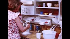 """""""A Step Saving Kitchen, - has a lot of ideas could be applied to modern kitchen or craft room Vintage Kitchen Decor, Cool Kitchens, Retro Kitchens, 1950s Kitchen, Mid Century House, Kit Homes, Mid Century Design, Homemaking, Kitchen Design"""