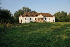 miclosoara Romania, Palate, Cabin, Traditional, Vacation, Mansions, House Styles, Beautiful, Home Decor