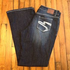 """Maurice's Jeans Flawless dark wash Maurice's jeans. Size 11/12 long. Leg opening is 10"""" inseam is 33"""" Maurices Jeans Boot Cut"""
