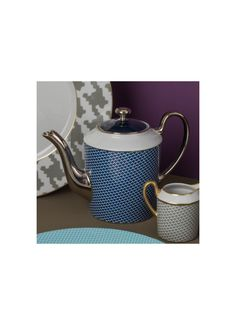 Empire coffee pot for 6 cups - Houndstooth Italian Luxury Brands, French Brands, Teapots, Houndstooth, Empire, Cups, 3d, Coffee, Tableware