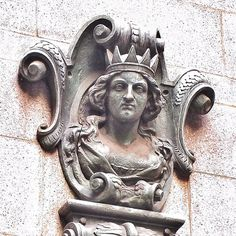Mercers' Maiden: one of several gracing the walls of Mercers' Hall in Ironmonger Row #london #history #liverycompanies #mercers