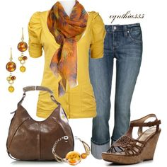 a nice outfit with a yellow touch