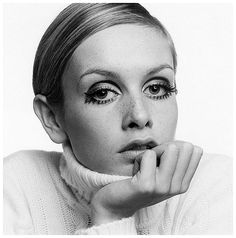 Twiggy, the first super model, the one who defined the look of the 60's, was born September 19 1949, with the sun in Virgo, the moon in Leo and Cancer rising.