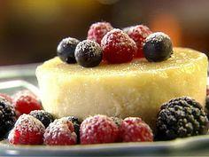 resep puding buah Cara Membuat Puding Jeruk Nipis Air, gula, agar-agar, garam disatukan masak mendidih. Beri vanili, essen jeruk. Ambil 200 cc. Tuang kedalam cetakan yang sudah diberi buah jeruk kaleng. Biarkan permukaan beku. Sisa adonan diberi bahan lain