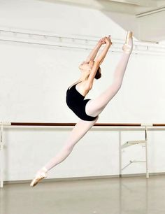 We love to dance, it's our passion. Especially ballet. Ballet Pictures, Dance Pictures, Dance It Out, Just Dance, Ballerinas, Ballet Dancers, Human Poses Reference, Cheer Dance, Ballet Photography