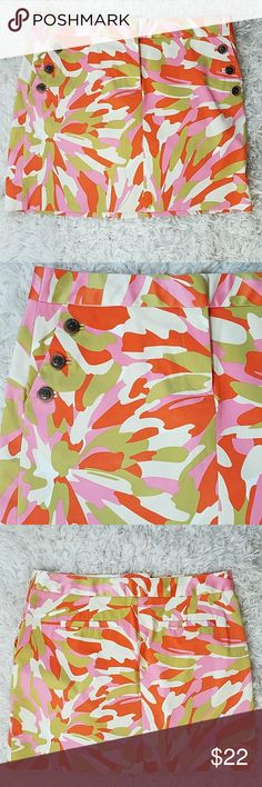 """J. Crew Vibrant Colorful Spring/Summer Skirt Excellent condition! Faux side pockets with buttons. Perfect skirt for warmer weather. 16"""" waist, 17""""L. J. Crew Skirts"""