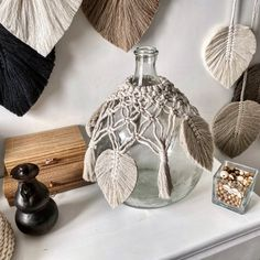 Dress for Dame Jeanne Macrame Wall Hanging Patterns, Macrame Art, Macrame Projects, Fun Crafts, Diy And Crafts, Diy Pillow Covers, Jeanne, Room Posters, Bottle Art