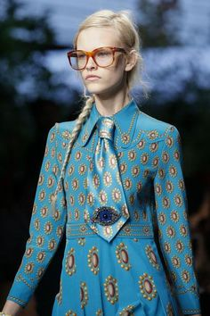 Gucci Spring 2016 Ready-to-Wear Collection - Vogue Style Couture, Couture Fashion, Runway Fashion, Womens Fashion, Milan Fashion, Fashion Details, Love Fashion, High Fashion, Fashion Design