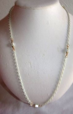 """VINTAGE ESTATE 24"""" WHITE PAINTED GOLDTONE CHAIN/BLOCK INLAYS NECKLACE"""