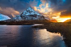 A golden sunset over the peaks of Glen Coe seen here from the shores of the Lochan na Fola. - Grzegorz Piechowicz Photography, Mountains and Hills Gallery Scottish Greetings, Glen Coe, Inverness, Landscape Paintings, Landscapes, Landscape Photography, Nature Photography, Amazing Nature, Glasgow