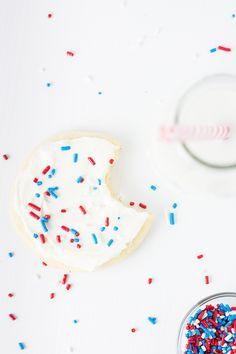 Small Batch Sugar Cookies. Recipe makes just 6 cookies! www.smallbatchtreats.com