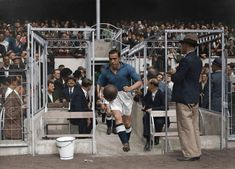 Dixie Dean leads out Everton at Highbury, Leeds United, Sports Stars, Everton, Dean, 1920s, Game, Beautiful, Soccer, Gaming