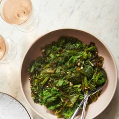 and rich potatoes on the plate. Pork Roast Side Dishes, Side Dishes Easy, Sauteed Greens, Vegan Sugar, Mustard Greens, Quick Weeknight Dinners, Greens Recipe, Yummy Eats, Veggie Recipes