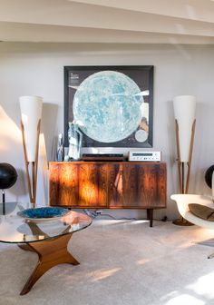 House Tour: A Round Mid-Century Time Capsule in Oakland, California
