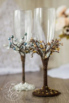Vintage Chic  IVORY NAVY GOLD Wedding glasses  от RusticBeachChic