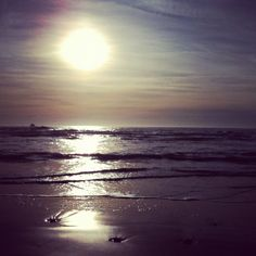 Some of my favorite things in life... beaches and sunsets <3