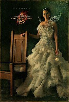 "Katniss Everdeen | ""Catching Fire"" Character Portraits Reveal A Very Fancy Jennifer Lawrence"