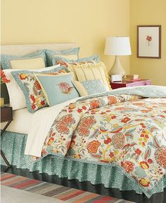 Elizabetha Comforter.  This is so pretty, all the colors tie in so well.
