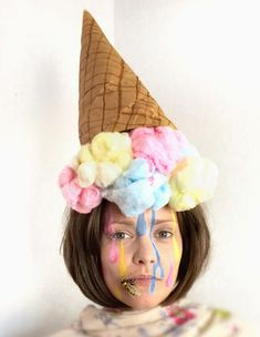 – last – fasnacht - Modern Crazy Hat Day, Crazy Hats, Crazy Socks, Silly Hats, Funny Hats, Wacky Hair Days, Candy Costumes, Diy Hat, Maquillage Halloween