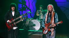 """Kevin Bacon and Jimmy Fallon Sing Horse-Filled Version of Tom Petty's """"Free Fallin'"""" 