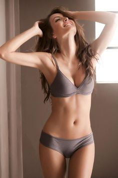 She's not extremely skinny or muscly just pretty and healthy.