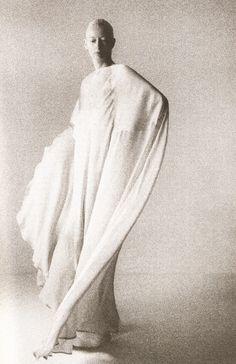 Tilda Swinton – Purple Fashion Magazine, Vol.3, nr.5, Summer 2006.