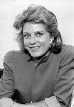 Actress Patty Duke won an Academy Award in at age for her portrayal of Helen Keller in 'The Miracle Worker'—becoming the youngest Oscar recipient at the time. Patty Duke died on March 2016 at the age of Celebrity Gossip, Celebrity Photos, Patty Duke Show, The Miracle Worker, Mental Health Advocate, Celebrity Big Brother, Elizabeth Montgomery, Celebrity Workout, Female Stars