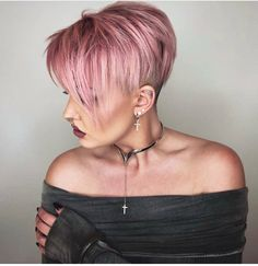 Today we have the most stylish 86 Cute Short Pixie Haircuts. We claim that you have never seen such elegant and eye-catching short hairstyles before. Pixie haircut, of course, offers a lot of options for the hair of the ladies'… Continue Reading → Very Short Hair, Short Hair Cuts For Women, Short Hairstyles For Women, Short Hair Styles, Short Cuts, Short Pixie Haircuts, Pixie Hairstyles, Haircut Short, Long Haircuts