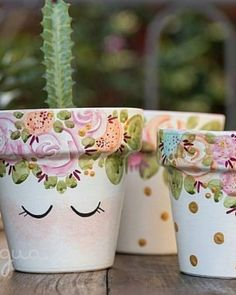 Flower Pot Art, Flower Pot Design, Flower Pot Crafts, Clay Pot Crafts, Diy Arts And Crafts, Cute Crafts, Hobbies And Crafts, Crafts For Kids, Diy Crafts