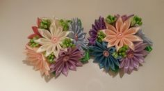 Post by Olya Prokopova Diy Lace Ribbon Flowers, Organza Flowers, Kanzashi Flowers, Ribbon Hair Bows, Ribbon Work, Felt Flowers, Fabric Flowers, Arts And Crafts, Diy Crafts