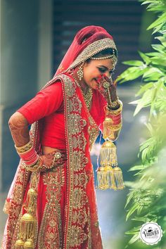 Good look  The Videowala, Delhi  #weddingnet#wedding #india #indian #indianwedding #ceremony#indianweddingoutfits #outfits #backdrops #prewedding#photographer #photography #inspiration #gorgeous#fabulous #beautiful #jewellery #jewels #details #traditions#accessories #lehenga #lehengacholi #choli#lehengawedding #lehengasaree #saree #bridalsaree#weddingsaree #tikka #earrings