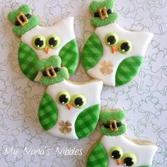 Saint Patrick's Day Fun and Green Food Recipes Irish Cookies, St Patrick's Day Cookies, Owl Cookies, Cute Cookies, Holiday Cookies, Making Cookies, Iced Cookies, Cookie Desserts, Cookie Recipes