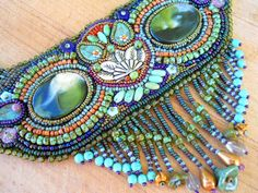 Google Image Result for http://www.thebeadingyogini.com/wp-content/uploads/2011/11/Owl-Seedbead-Necklace-1-by-The-Beading-Yogini.jpg