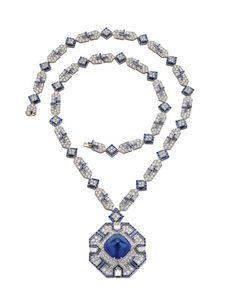 Festival de Cannes 2013: Les bijoux Bulgari d'Elizabeth Taylor exposés à Cannes restauration Cléôpatre