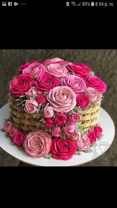 New succulent wedding cupcakes fondant ideas Wedding Cupcakes Fondant, Cupcake Cakes, Food Cakes, Pretty Cakes, Beautiful Cakes, Amazing Cakes, Bolo Floral, Floral Cake, Unique Cakes