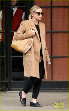 Ashley Olsen - coat n glasses
