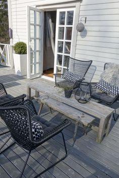 terassikalusteet Outdoor Balcony, Backyard Patio, Backyard Landscaping, Outdoor Spaces, Outdoor Living, Outdoor Decor, Concrete Patio, Terrace Garden, Decorating Your Home
