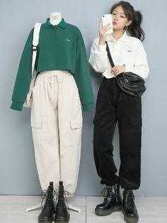 in 2020 Korean Girl Fashion, Ulzzang Fashion, Korean Street Fashion, Korea Fashion, Vogue Fashion, Cute Fashion, Asian Fashion, Kpop Fashion Outfits, Hipster Outfits