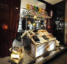 Dolce & Gabbana Christmas windows 2012, Vienna    Photography: Jamniczky Norbert