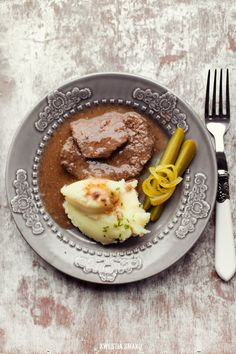 Polish Beef Cutlets Beef Cutlets, Beef Recipes, Cooking Recipes, Polish Recipes, Polish Food, International Recipes, Lunches And Dinners, Food For Thought, Food Photography