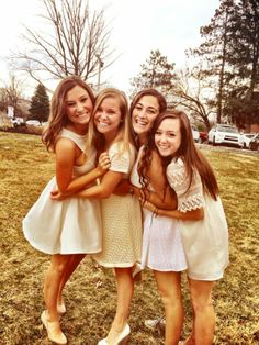 An Ode To The Best Year of My Life Delta Zeta X Indiana University  http://sororitystylista.com/2014/04/ode-best-year-life/