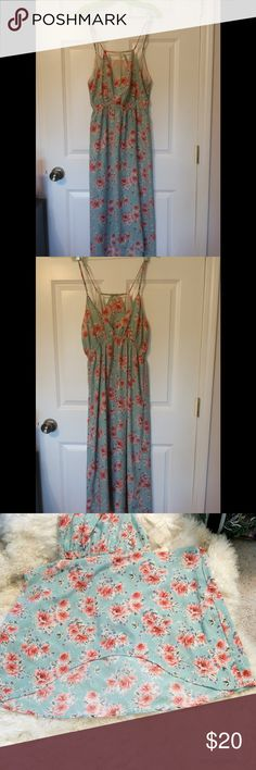 Lumiere dress Super cute floral dress size medium in good very good condition Lumiere Dresses High Low
