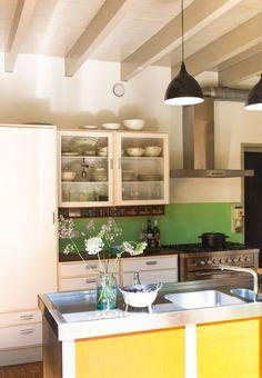 Fun and Fresh: A Grass Green Painted Backsplash — Kitchen Inspiration